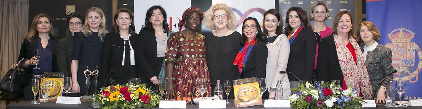 Mujeres_y_diplomacia