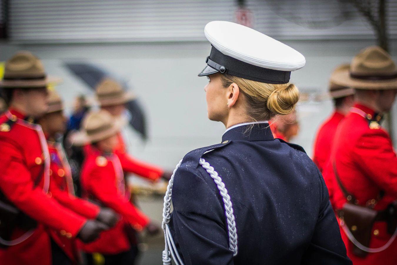 Mujer en Gendarmeria Guardia Civil Mujeres Avenir